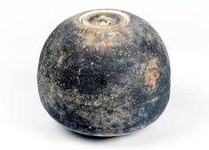 Moon Jar – Contemporary Translations in Britain Cottage Nursery, Moon Jar, Incredible Gifts, Unusual Plants, British Museum, Ceramic Art, Stoneware, Art Gallery, Sculpture