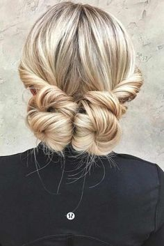 Hairstyles for Medium Length Hair: Choose Your Perfect Look ★ See more: http://glaminati.com/perfect-hairstyles-for-medium-length-hair/