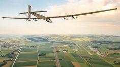 Avião Solar Impulse chega à China após 22 horas de voo +http://brml.co/1ywDePk
