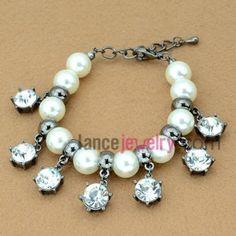 Nice chain link bracelet with rhinestone & Imitation pearls decoration