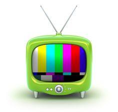 """""""Televizinha"""" é sobre a arte de brincar de Deus e o voyerismo de assistir a vida passar"""