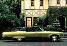 1973 Oldsmobile Ninety-Eight Regency Holiday Sedan