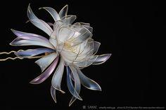Fiore di plastica