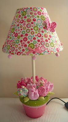 Rute Granja® Artesã ♥: Vasinhos com tulipas em tecido-Decoração