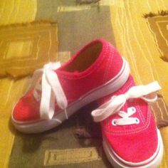 Toddler Pink Tennis Shoes Girls Pink Tennis Shoes Sz. 8 U. S. Sports Shoes