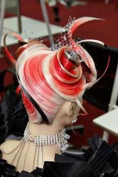 Omchairworld.com-pin it from carden Work Hairstyles, Creative Hairstyles, High Fashion Hair, Competition Hair, Avant Garde Hair, Crazy Hair Days, Fantasy Hair, Hair Shows, Hair Art