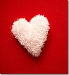 ♥ⓛⓞⓥⓔ♥  Fluffy Heart Crochet Pillow #love #crochet #hearts and #valentines