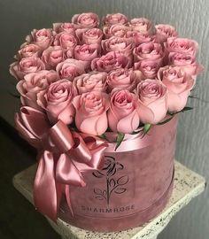 Red Rose Arrangements, Beautiful Flower Arrangements, Beautiful Roses, Pink Flowers, Beautiful Flowers, Flower Box Gift, Flower Boxes, Rose Flower Wallpaper, Happy Birthday Flower