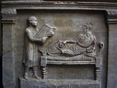 """Slave holding writing tablets for his master, Detail from the sarcophagus of Roman lawyer """"Valerius Petronianus"""" a. Ancient Roman Houses, Ancient Rome, Ancient Art, Roman Man, Imperiul Roman, Statues, Roman Sculpture, Christian Images, Classical Antiquity"""