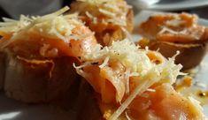 Experimentujte. Slané muffiny zkuste kombinovat se sýrem, uzeným lososem nebo ořechy. Baked Potato, Potatoes, Baking, Ethnic Recipes, Bread Making, Patisserie, Potato, Backen, Baked Potatoes
