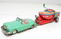 Vintage Tin Litho Friction Tin Car and Trailer Boat Marked Made in Japan Antique Toys, Vintage Toys, 1950s Toys, Tin Man, Toy 2, Toy Kitchen, Vintage Trailers, Tin Toys, Jouer