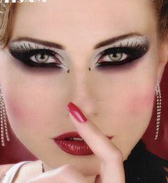 makeup. cool-makeup-more-along-the-stage-circus-artistic-v