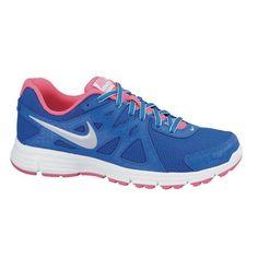Sepatu Lari Nike Revolution 2 Msl 554901-407 merupakan sepatu dengan bantalan yang lembut dan ringan sehingga membuat udara mengalir dengan baik dan memberi kenyaman sepanjang hari. Harga sepatu ini Rp 599.000.
