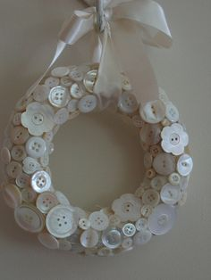 crafts with buttons   Vintage Button Wreath   Flickr - Photo Sharing!