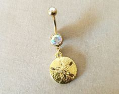 Check out our belly rings selection for the very best in unique or custom, handmade pieces from our shops. Dangle Belly Rings, Belly Button Rings, Body Jewelry, Unique Jewelry, Vintage Marketplace, 18k Gold, Dangles, Wedding Body, Handmade Gifts