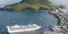 Cruise Ship docking Mt Maunganui.