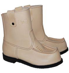Beak boots.