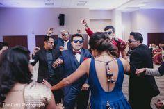 Fantastic and modern Indian wedding dance. http://www.maharaniweddings.com/gallery/photo/120156