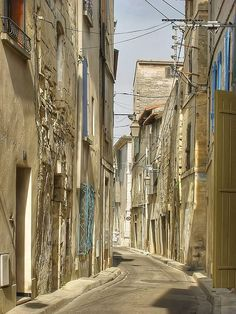 Beaucaire,  Tarascon, Provence-Alpes-Cote d'Azur, France Provence, Limousin, France, Cinque Terre, Places To See, Cathedral, Spain, Around The Worlds, Street View