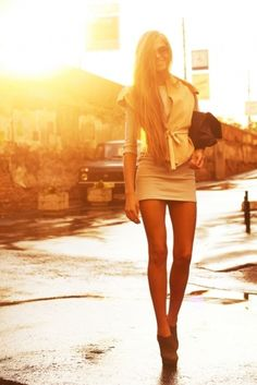 Gorgeous sunlit dress with brown booties and a folder over clutch! If you like my pins, please follow me and subscribe to my new fashion channel! Let me help u find all the things that u love from Pinterest! https://www.youtube.com/watch?v=XSiQP5OFjXE&list=UUCP8TXebOqQ_n_ouQfAfuXw