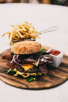 Grilled Hamburger with Fries #bacon #cheddar // looks so good right now.