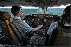 Datos secretos que los pilotos de aviones no comentan - http://www.leanoticias.com/2015/07/01/datos-secretos-que-los-pilotos-de-aviones-no-comentan/