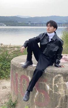 Ong Seung Woo, Seong, Im In Love, Monsta X, Kdrama, Raincoat, Fashion, Rain Jacket, Moda