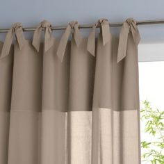 I want this attractive outdoor drapes Voile Curtains, Crochet Curtains, Curtains Living, Panel Curtains, Curtain Styles, Curtain Designs, Rideaux Design, Farmhouse Window Treatments, Curtain Headings