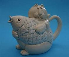 Traditional Teapots, Cute Teapot, Glass Teapot, Silly Cats, Ceramic Teapots, Ancient China, How To Make Tea, Chocolate Pots, Messages