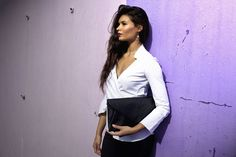Black Leather Giselle clutch #jennifermiddletonbags #luxurydesignerbags www.jennifermiddletonbags.com The Ostrich, Beautiful Lines, Creating A Brand, Leather Clutch, Black Leather, Photoshoot, Elegant, Chic, Bags