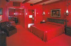 Google Image Result for http://unusuallife.com/wp-content/uploads2006/2008/02/valentine-red-room.jpg