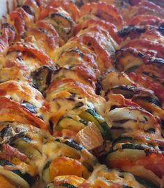Grønsagsfad med ost - hannemad.dk Ratatouille, Food And Drink, Vegetables, Ost, Ethnic Recipes, Vegetable Recipes, Veggies