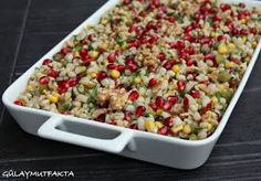 gülay mutfakta: Rokalı Buğday Salatası Asure Recipe, Turkish Salad, Turkish Delight, Appetizer Salads, Bulgur, Turkish Recipes, Fried Rice, Salad Recipes, Macaroni And Cheese