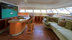 Hukuna Matata Walk-Through Video - Crowther 582 Grande - Sailing Catamar...