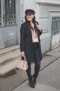 Übergangsjacken - unverzichtbare Must-Have Jacken für den Herbst // Blazermantel, Herbstoutfit, Modeblog, www.miss-classy.com #blazermantel #mode #fashionblogger #modetrends Jeans Und Converse, Jeans Und Sneakers, Elegantes Business Outfit, Denim Look, Real Style, Blazer, Real Women, Mantel, Outfit Of The Day