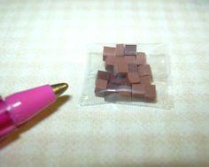 "Miniature ""Lola Originals"" Loose Candies (Caramel Squares): DOLLHOUSE 1/12 Scale"