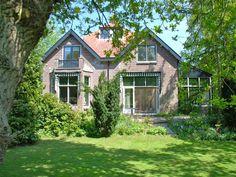 Huur een huis in Schoorl, Noord-Holland dichtbij het strand met 4 slaapkamers, vanaf €131 per night. Voor een complete vakantie - HomeAway