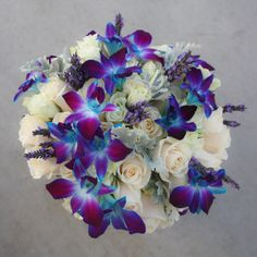 This is really pretty for a tropical wedding... wedding bouquets