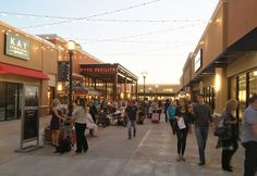 The pavilion of the Outlets of Little Rock, designed by the Boston team of HFA.