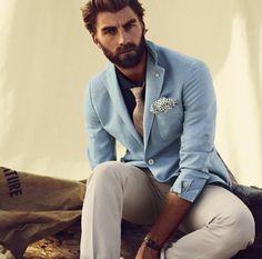 light blue blazer, tan pants, pink brown tie #menswear