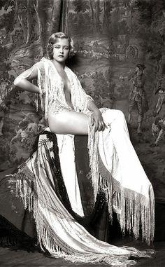 Girls from Ziegfeld Follies in the 1920s