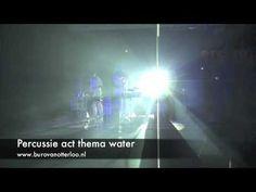 Percussie act thema water - op olievaten en trommels
