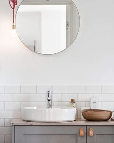 In awe of the attention to detail and minimal elegance of this display home in Sweden designed by Blooc. Soft subtle colour palette with perfect mix of finishes and textures - superb!  @bloocstockholm  #design #bathroom #blooc #bloocstockholm #bathroomenvy #interiordesign #architecture #architexture #tile #subwaytile #scandinavian #style #instadecor #instadesign #tileaddiction #instadaily #instagram #decor #decoration #interiør #interiorinspiration #inspiration #bathroominspo #renovation…