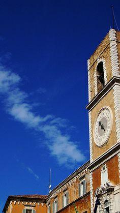 Ancona, Marche, Italy - Piazza Del Papa by Gianni Del Bufalo  (CC BY-SA 2.0) #destinazionemarche #marche