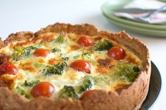 Cheese pie with green Easy Recipes For College Students, Cheese Pies, Cookie Do, Everyday Food, Cooking Tips, Breakfast Recipes, Vegetarian Recipes, Clean Eating, Easy Meals