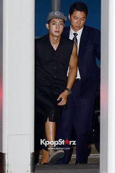 Kim Hyun Joong airport fashion