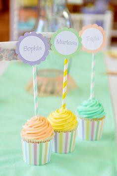 DIY Sprinkle Cupcakes