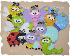 Leskka - Arte em e.v.a Kids Crafts, Foam Crafts, Diy And Crafts, Paper Crafts, Felt Christmas, Christmas Ornaments, Felt Books, Punch Art, Cute Cards