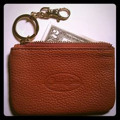 HP Onna Ehrlich leather coin purse Onna Ehrlich leather coin purse/ credit card holder with a detachable key fob. Great grad gift or stocking stuffer. Gently used once. Onna Ehrlich  Accessories Key & Card Holders