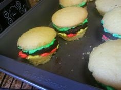 """""""Hamburger"""" cupcakes! Not bad for a 1st try... With my 6 year old step-son."""